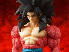 Dragon Ball GT Gigantic Series Goku (Super Saiyan 4)