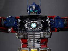Transformers Ultimetal UN-01B Optimus Prime (Battle Damaged)