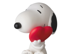 Peanuts Ultra Detail Figure No.325 Snoopy (with Heart)