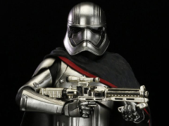 Star Wars ArtFX+ Captain Phasma Statue (The Force Awakens)