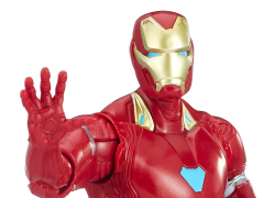 Avengers: Infinity War Iron Man Figure With Infinity Stone