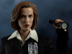 The X-Files Agent Scully 1/6 Scale Collectible Figure