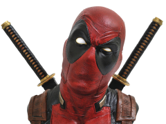 Marvel Legendary Deadpool 1/2 Scale Bust
