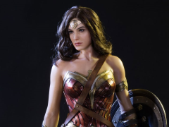 Batman v Superman HD Museum Starline Wonder Woman 1/2 Scale Statue