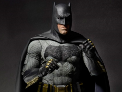 Batman v Superman Batman 1/4 Scale Figure