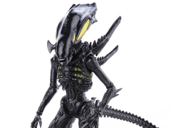 Aliens: Colonial Marines - 1:18 Scale Alien Spitter Scale Action Figure