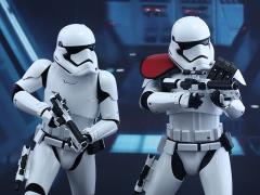 Star Wars: The Force Awakens MMS335 First Order Stormtrooper Officer and Stormtrooper 1/6th Scale Collectible Figures Set