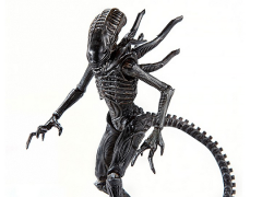 Aliens: Colonial Marines - 1:18 Scale Alien Soldier Action Figure