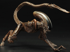 Alien ArtFX+ Dog Alien Statue
