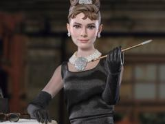 Breakfast at Tiffany's Holly Golightly (Deluxe) 1/6 Scale Figure