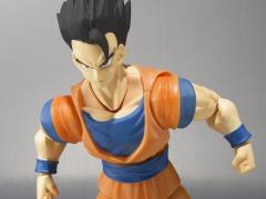 Dragon Ball Z S.H.Figuarts Ultimate Son Gohan