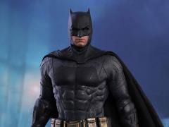 Justice League MMS455 Batman 1/6th Scale Collectible Figure