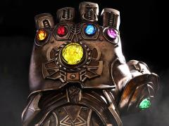Avengers: Infinity War LMS006 Infinity Gauntlet Life-Size Collectible