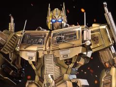 Transformers Generation 1 Premium Masterline Optimus Prime Limited Edition Statue (Gold Ver.)