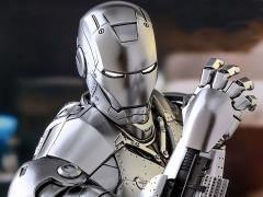 Iron Man MMS431D20 Iron Man (Mark II) 1/6th Scale Collectible Figure