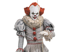 It Chapter Two Gallery Pennywise Figure