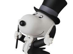 Peanuts Ultra Detail Figure No.376 Magician Snoopy