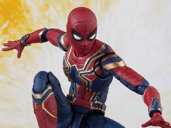 Avengers: Infinity War S.H.Figuarts Iron Spider & Tamashii Stage