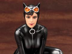 DC Comics Mad Lovers ArtFX+ Catwoman Statue