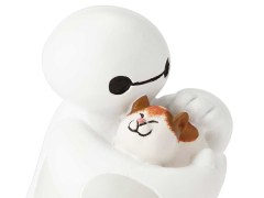 Big Hero 6 Disney Showcase Baymax (Petting Cat)
