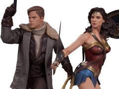 Wonder Woman & Steve Trevor 1/6 Scale Statue