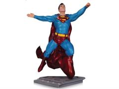 Superman: The Man of Steel Superman Statue (Gary Frank)