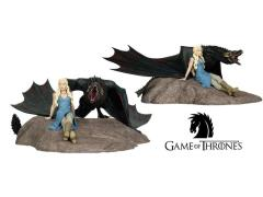 Game of Thrones - Daenerys With Drogon Statue