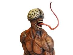 Licker 1/4 Scale Statue