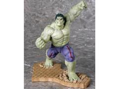 Avengers: Age of Ultron ArtFX+ Rampaging Hulk Statue Exclusive