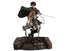 Attack on Titan Levi 1/7 Scale Statue