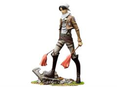 Levi 1/8 Brave-Act Scale Figure Cleaning