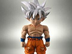 Dragon Ball Super Retro Sofubi Collection Ultra Instinct Goku Exclusive
