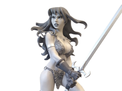 Red Sonja Black & White Statue (Amanda Conner)