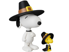 Peanuts Ultra Detail Figure No.322 Pilgrim Snoopy & Woodstock