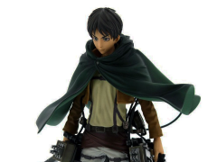 Attack on Titan Master Stars Piece Eren Yeager With Maneuver Gear