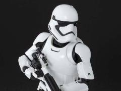 Star Wars S.H.Figuarts First Order Stormtrooper (The Force Awakens)