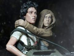 Alien 30th Anniversary Deluxe Two Pack (Rescuing Newt)