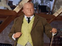 Goldfinger Auric Goldfinger 1/6 Scale Figure