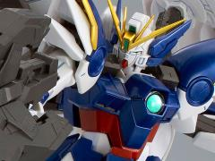 Gundam MG 1/100 Wing Gundam Zero EW With Drei Zwerg Exclusive Model Kit