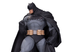 DC Designer Series Batman Mini Statue (Andy Kubert)