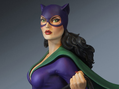DC Comics Super Powers Collection Catwoman Maquette