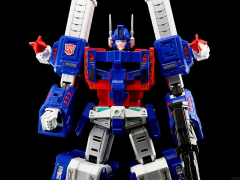 Transformers Ultimetal UM-02 Ultra Magnus Figure