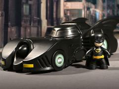 Batman 1989 Mez-Itz Batman & Batmobile