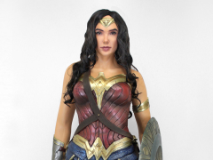 Wonder Woman Life-Size Foam Figure