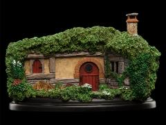 The Hobbit: An Unexpected Journey 34 Lakeside Hobbit Hole Diorama
