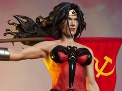 Superman: Red Son Premium Format Wonder Woman