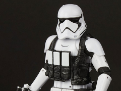 "Star Wars: The Black Series 6"" First Order Stormtrooper With Gear (The Last Jedi) Exclusive"