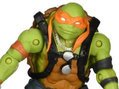 TMNT: Out of The Shadows Basic Figure - Michelangelo