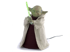 Star Wars Yoda & Lightsaber Light-Up Treetopper