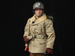 29th Infantry Division Radio Operator Paul 1/6 Scale Figure